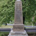 025a opravený pomník