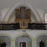 032d úklid kostela